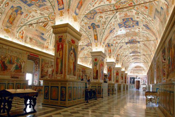 musei-vaticani-interno